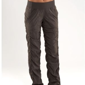 Lululemon Quick Step Pant grey size 4